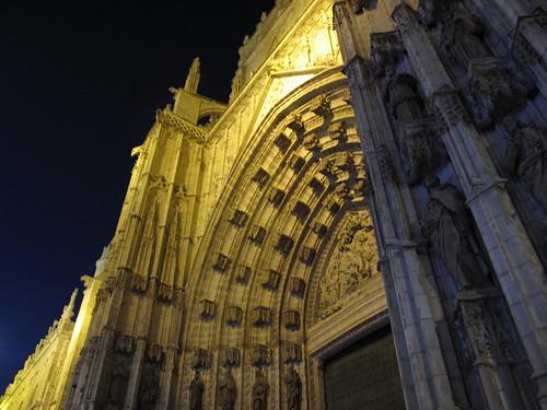 Sevilla Cathedral at night.