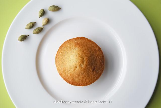 Cardamom little cakes