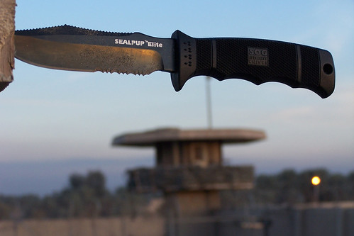 Sog Seal Pup Elite