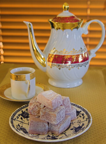Green tea and Turkish Delight