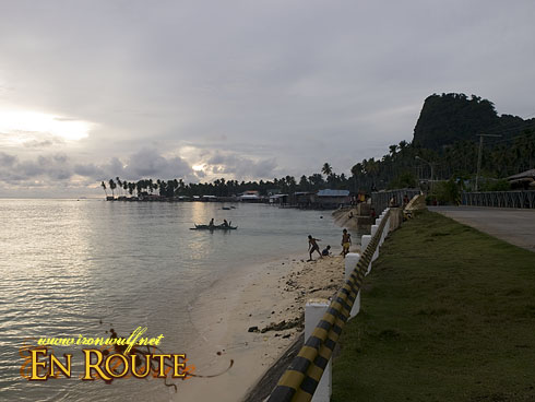 Beachside Inn Roadside Beach