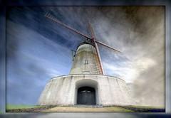 1521 Mysterious Mills (3) (-salzherz-) Tags: windmill mystery niceshot belgium 1020mm hdr picnik windmhle ostiches aplusphoto pentaxk10 great123 vanagram salzherz mdtbmasterpiece blancmoulin
