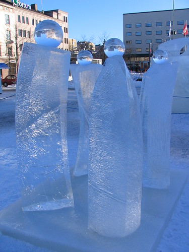 Ice pearls in Vaasa market square