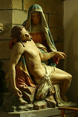 Pietà, Jesus nach der Kreuzabnahme auf dem Schoße seiner Mutter