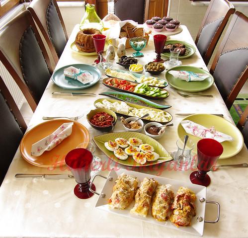 Ahmed-Pınar Bayram Kahvaltısı