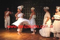 Saludo final (Danza Afro, Viviana Nohmi.) Tags: afro viviana eshu ogum oia danzas nohemi candomble oxala xango oxum orishas orixas exu africanas umbanda yemanja oxossi iansa orichas omolu danzaafro kimbanda danzaafricana afrodance danzasafro afroyorubas candombleorixasorichasorishasdanzasafroafricanasafroyorubasviviananohemicandomble danzasafricanas viviananohemi yemnaja babaluai danzadeorixas danadeorixas afroyorubadance