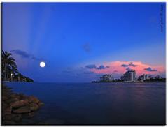 Colors of South Beach (iCamPix.Net) Tags: sunset canon florida miami moonrise miamibeach southbeach 7760 southpointe portofmiami markiii1ds