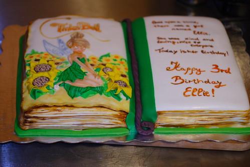 Ellies3rd Bday cake042
