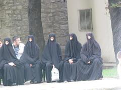 Istanbul (Ozlem Cakirli) Tags: modern kara islam hijab istanbul din insan farklı çarşaf