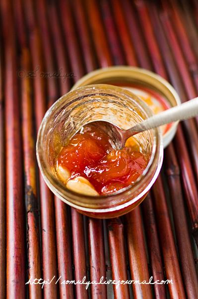 Peach Jam With Almonds - Варенье из персиков с миндалем