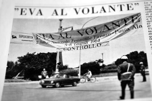 Eva-al-Volante