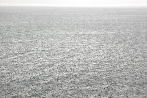 Pioggia sul lago (foto di mio papà) - foto: halighalie, flickr