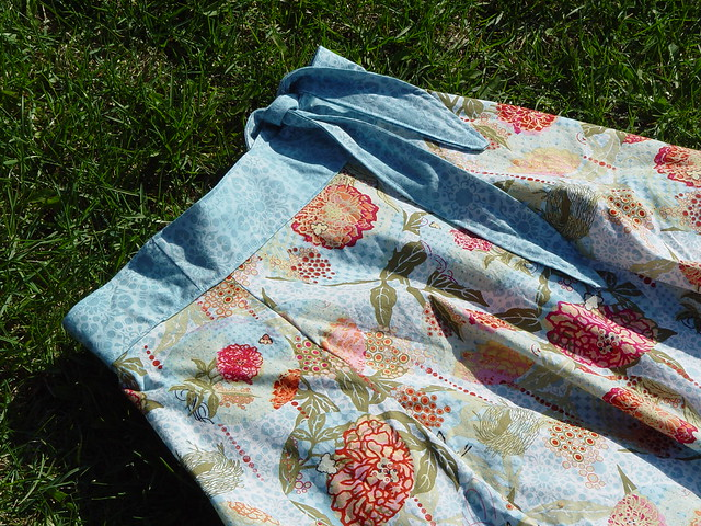 yard sale skirt, view 1