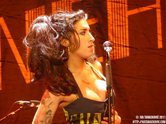 Amy Winehouse live in Belgrade (Iva Tanackovi) Tags: amy serbia livemusic belgrade beograd liveconcert amywinehouse winehouse srbija kalemegdan kalemegdanpark ivatanackovi lastfm:event=1861131