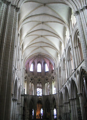 The choir at Abbaye aux Hommes, Caen (DameBoudicca) Tags: england france church abbey choir frankreich king roman iglesia kirche duke william medieval chiesa matilda rey normandie re benedictine romanesque rex herzog normandy francia glise middleages chor caen hommes williamtheconqueror mathilde duc kor kyrka roi frankrike duque coro ststephen knig abbaye guillaumeleconqurant duca romanik romanica saintstephen sttienne sainttienne abbayeauxhommes rmanico chur hertig romansk mygearandme matildaofflanders mathildedeflandre