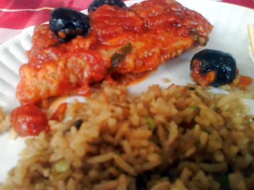 Fish in tomato sauce, tinapa rice