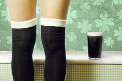 (sosij) Tags: irish selfportrait socks guinness shamrocks stpatricksday 1on1 luckysocks fgr overkneesocks iregobrch ahemluckysocksthatimademyself withtwostripsofcreamfleecetuckedinthetopsofmydiamontesocks thankyouforbuyingtheboozejustformyphoto andfordrinkingittoo