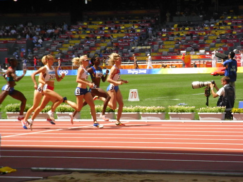女子800m走予選
