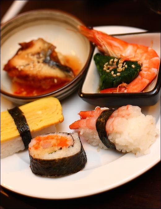 sushi-prawn-unagi