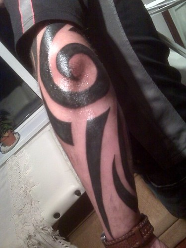 Tribal full arm