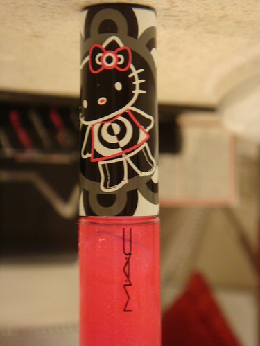 hello kitty cosmetics by Debs (ò‿ó)♪. Carcinogen Found in Popular Products