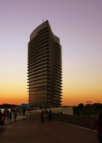 Torre de l'expo Zaragossa'08