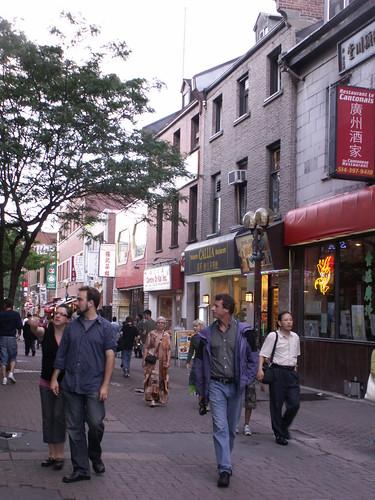 090806-montreal-chinatownstreet1-ok
