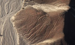 Mr. Armstrong, please meet your colleague, Mr. Astronaut from Nazca:-) (baltic_86 (mostly off)) Tags: peru wow astronaut 100v10f explore flickrcentral iq unlimited ica nazca oberflächen instantfave nascalines kartpostal fineartphotos mywinners superaplus aplusphoto top20travel theunforgettablepictures theperfectphotographer photoexplore worldtrekker natureselegantshots theenchantedcarousel yourcountry peruvianimageshistoryculture 100commentgroup baltic86 superstarthebest luckyorgood ingeniovalley manwithowlhead