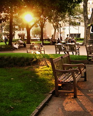 Rittenhouse sunset (moocatmoocat) Tags: park sunset philadelphia bench square golden rittenhouse