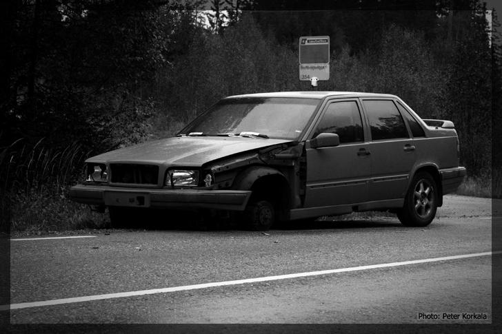 Volvo 850 dumped 1