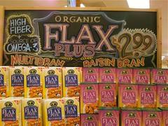 Flax Plus (misterbigidea) Tags: art sign breakfast chalk artist display cereal joe traderjoes organic joes chalkboard raisin flax bran trader traderjoe tjs highfiber flaxplus multibran
