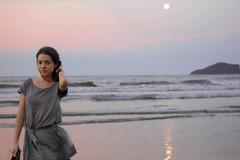 Come away with me... (steph_ie) Tags: woman praia self mulher autoretrato delicate stephaniebastos pincesadokatz