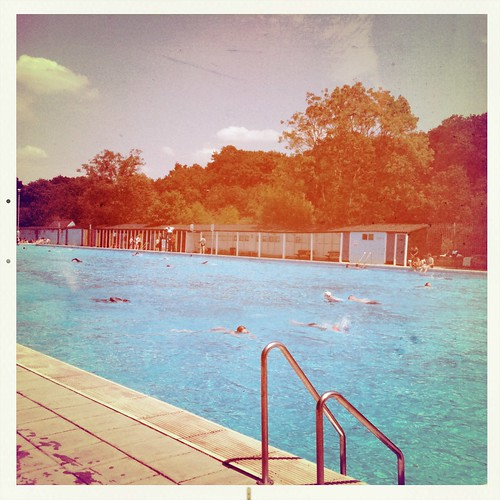 Tooting Bec Lido by Vapour Trail on Flickr
