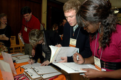 25Anniversary200811-437.jpg (Grassroots International) Tags: print unitedstates 25thanniverary grassrootsinternational 25thanniversarymainevent ellenshub