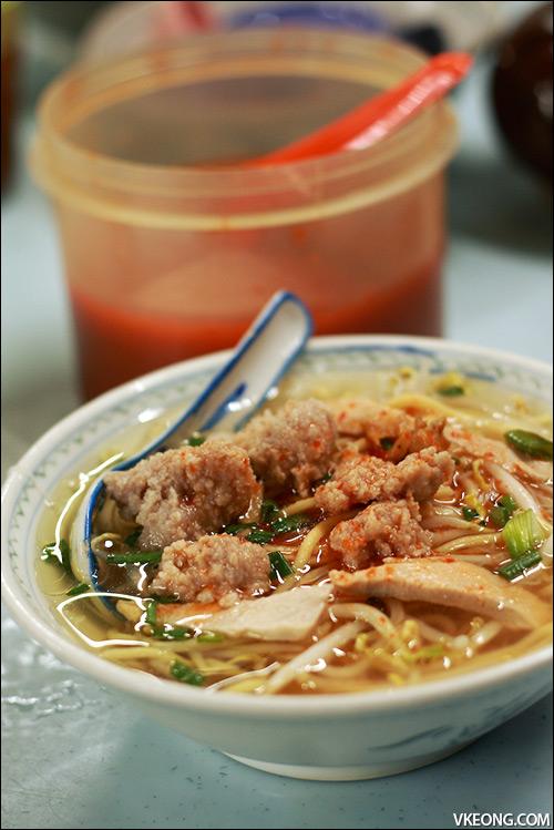 mee-soup