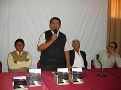 Ceremonia de entrega de libros a escolares