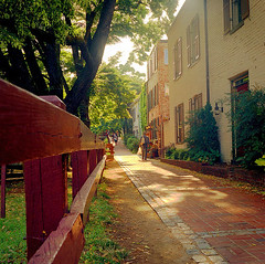 walkable Georgetown, in DC (by: Dmitry Lyakhov, creative commons license)