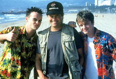 Ant & Dec & Micky Dolenz (Grove Matrix) Tags: california beach up hat stone aka la losangeles micky republic baseball ant 1996 dec shirts cap stepping declan hollywood pj hawaiian anthony and thumbsup thumbs duncan monkees the donnelly dolenz antdec mcpartlin pjduncan pjduncanaka