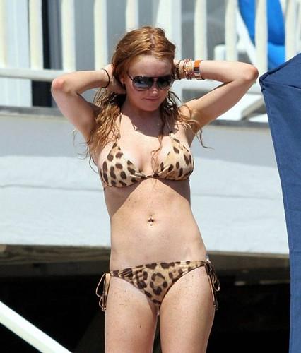 Lindsay Lohan spotted bikini