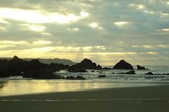 Puda (B U G G I O) Tags: chile sunset sea sky sun atardecer mar playa biobio shining puda