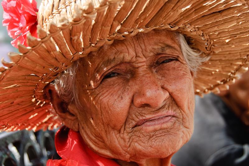 Cuba: fotos del acontecer diario - Página 6 3315179931_a956e17ea3_o
