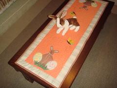 Pscoa ... trilho de mesa (heckaek) Tags: pscoa borboleta patchwork coelho ovos trilho patchcolagem