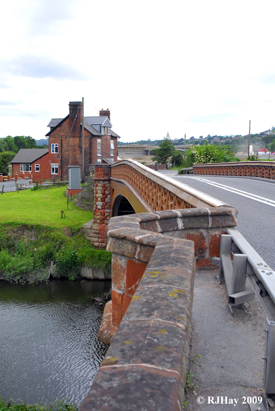 Bridge to Welshpool
