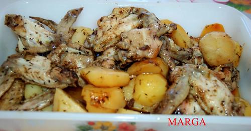 Alas de pollo especiadas con patatas 3749562673_380c5f3f5d