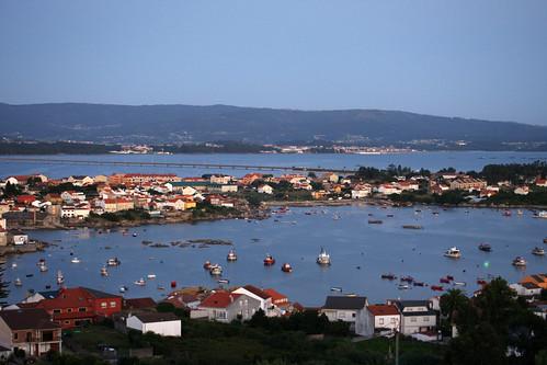 Porto sur e ponte da Illa