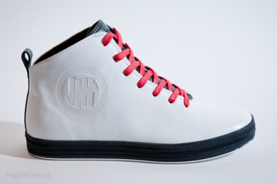 undefeated-gourmet-sneakers-1_400