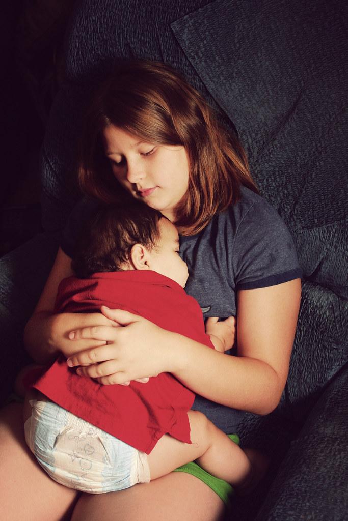 Jack Asleep with Maggie Aug 09