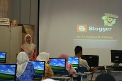 mira @ bengkel pembinaan blog