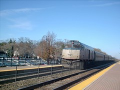 Southbound Amtrak Hiawatha train arriving in Glenview Illinois. Early November 2007.