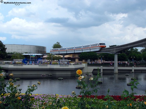 IMG_1095-WDW-EPCOT-monorail-rose-walk